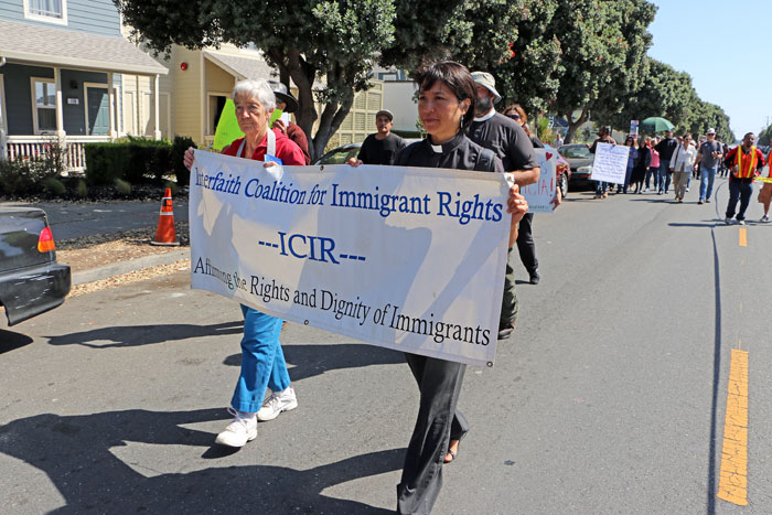 interfaith-coalition-for-immigrant-rights-half-moon-bay-8.jpg