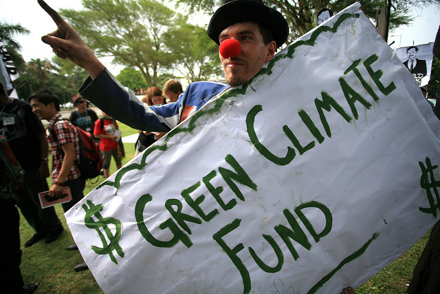 20140924-foe-green-climate-fund.jpg
