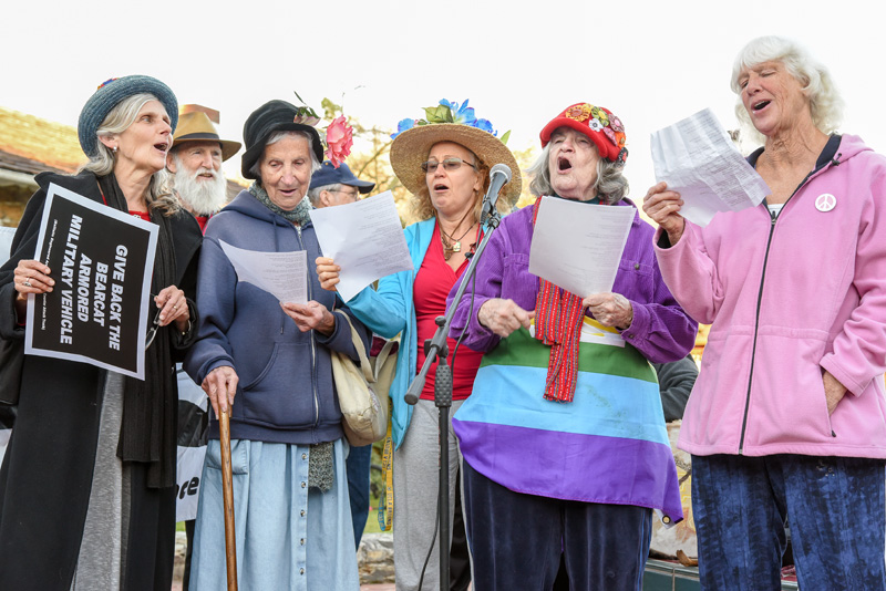 raging-grannies-santa-cruz-5.jpg
