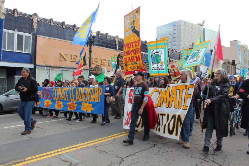 800_march_against_jerry_brown_s_campaign_to_frack_california.jpg