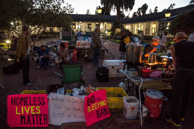 800_community-sleepout-1-santa-cruz-city-hall.jpg