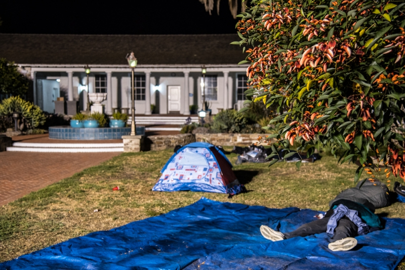 800_community-sleepout-7-santa-cruz-city-hall.jpg