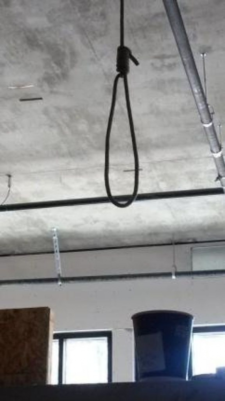 800_hanging_noose_at_construction_company.jpg