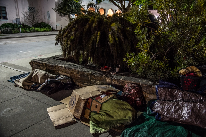 800_santa-cruz-homeless-sweeps-12.jpg