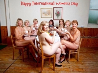 200_naked-march8-womens-day.jpg original image (907x701)