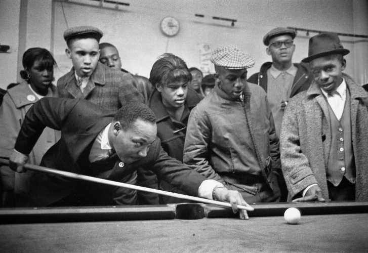 sm_martin-luther-king-jr-playing-pool-chicago-1966.jpg