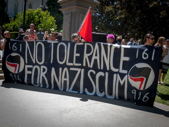 sm_no-nazis-in-sac_8_6-26-16.jpg