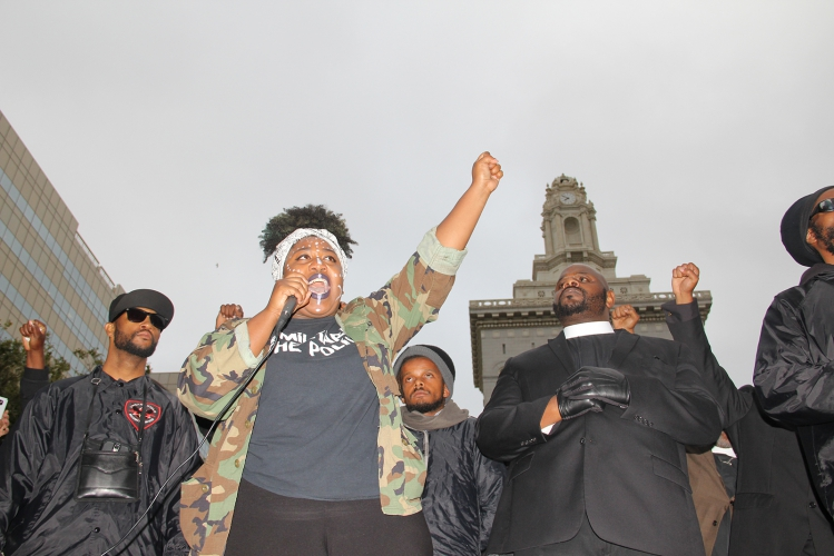 sm_oakland_altonsterling-philandocastile_20160707_009.jpg
