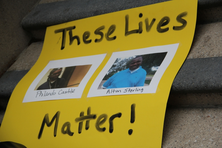 sm_oakland_altonsterling-philandocastile_20160707_011.jpg