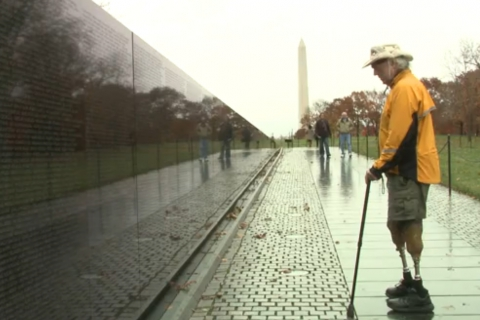 480_s_brian_wilson_vietnam_memorial_washington_dc.jpg