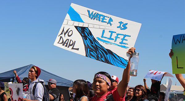 water-is-life-no-dapl.jpg