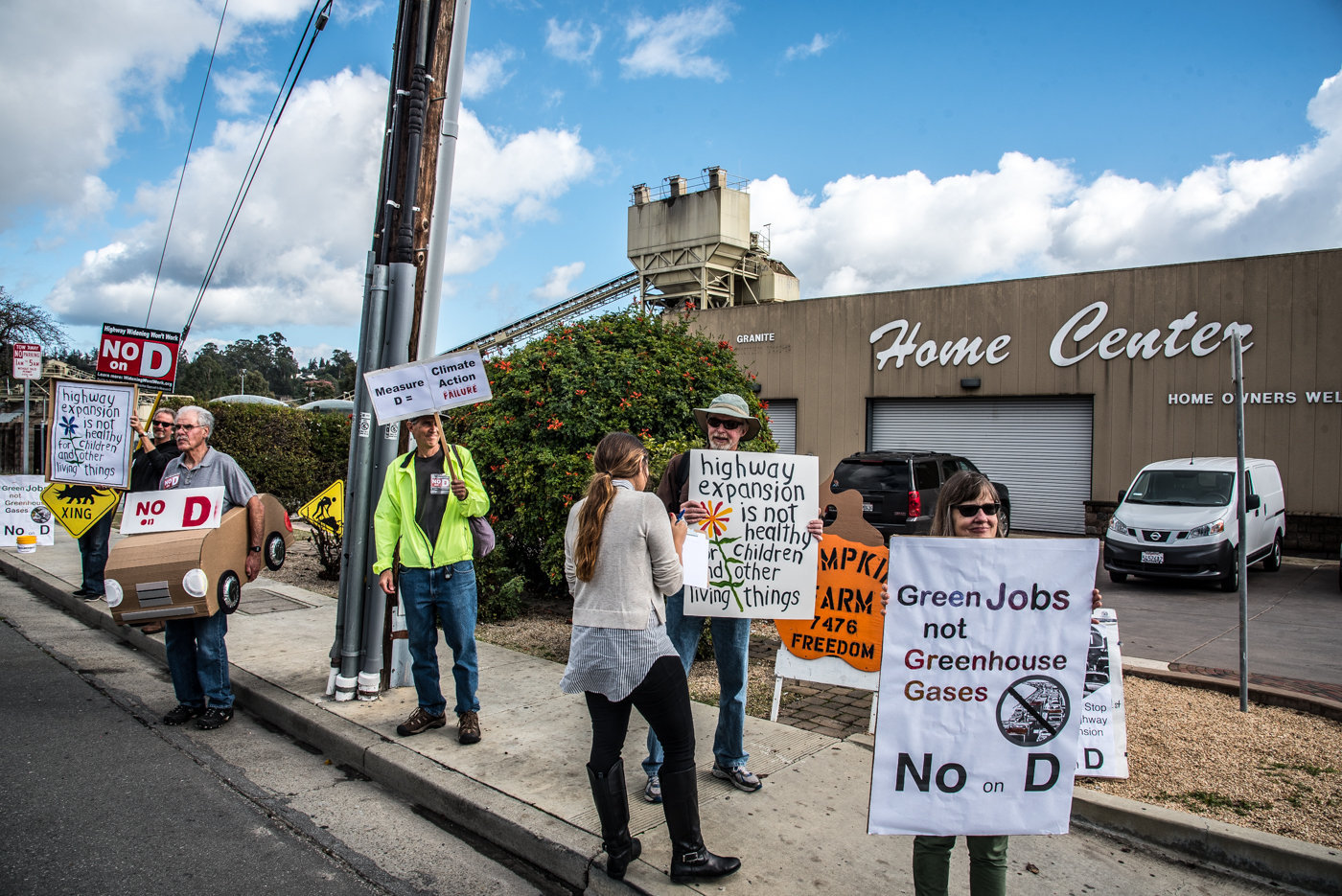 No On Measure D Group Demonstrates At Graniterock Indybay