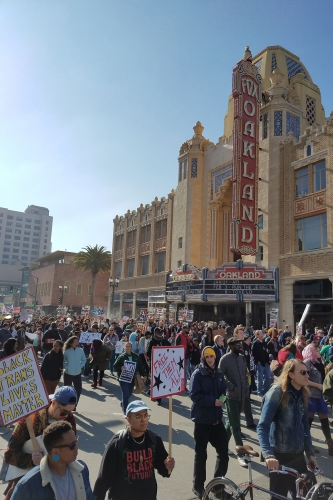 sm_reclaimmlk-march-oakland_20170116_006.jpg