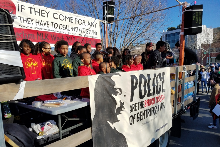 sm_reclaimmlk-march-oakland_20170116_012.jpg