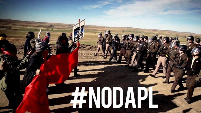 sm_no-dapl-wells-fargo-action.jpg