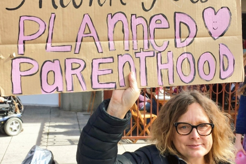 480_stand-planned-parenthood_16_2-11-17.jpg