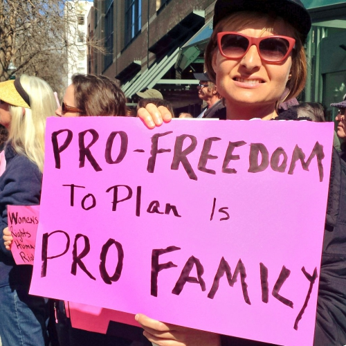 sm_stand-planned-parenthood_9_2-11-17.jpg