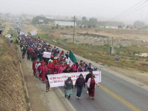 farmworkers_march.jpg