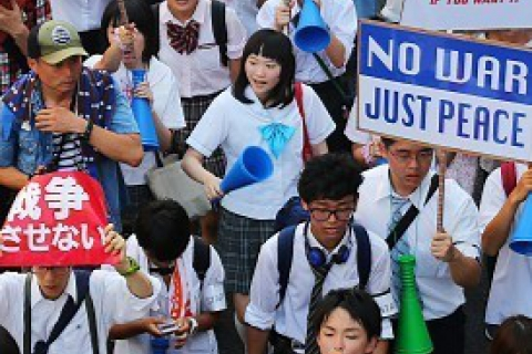 480_japan_high_school_students_protest_militarization10_2_15.jpg