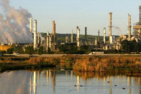 480_shell_martinez-refinery-shell.jpg