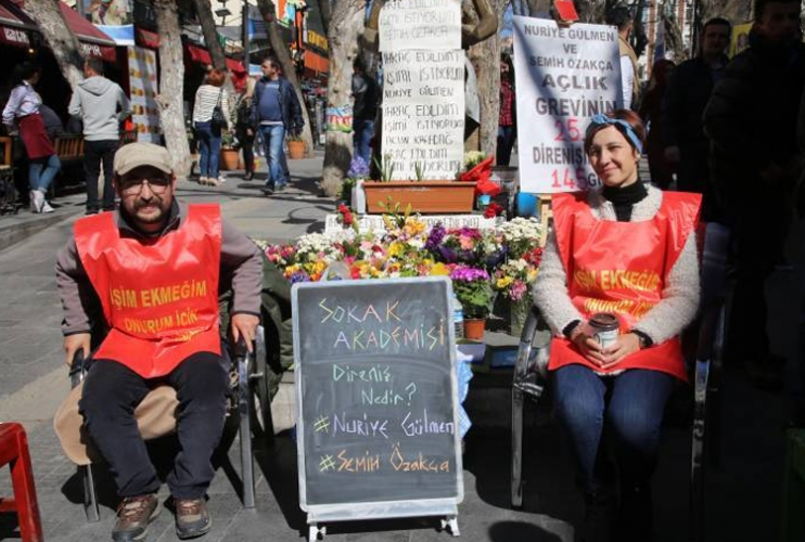 sm_turkey_hunger_strikers_ozakca_and_nuriye_gulmen_on_hunger_strike.jpg
