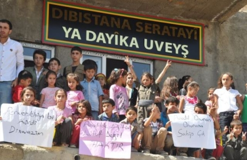 turkey_kurdish_teachers_and_children_protest_gov_attacks.jpg