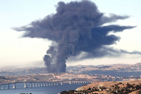 480_chevron_refinery_cloud.jpg