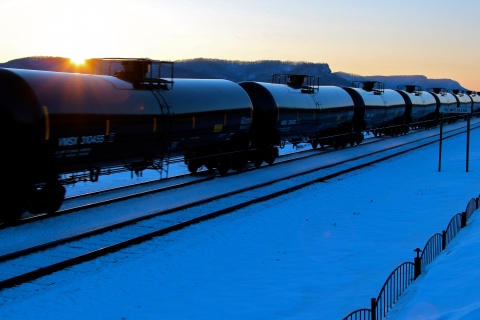 480_oiltrain_flickr_royluck_by_1.jpg