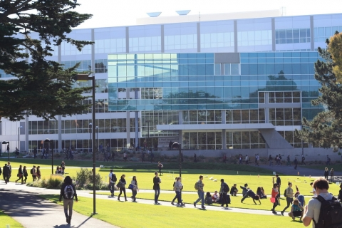 480_sfsu_campus_overview_nov2012-photo_wikiwebbi1987_1.jpg