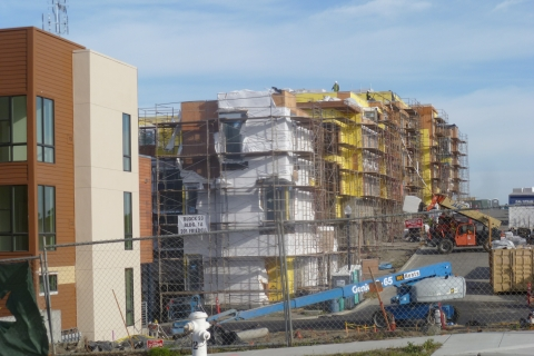 480_hunters_point_housing_construction.jpg