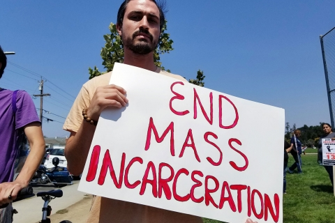 480_end-mass-incarceration_8-19-17_3.jpg