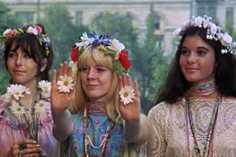 480_hippie_flower_children_1.jpg