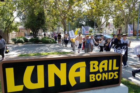 480_luna-bail-bonds_8-19-17_6.jpg