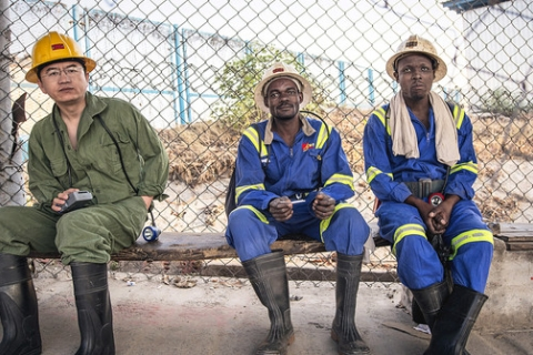 480_sa_china-south-africa_construction_workers-economy_1.jpg