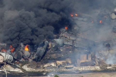 480_canada_lac-megantic_7_6_13_-train_wreck_.jpg