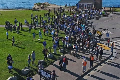 480_offshore_oil_drilling_protest_santa_cruz_photo_credit_oceana_2.jpg