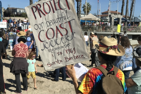 480_offshore_oil_drilling_protest_santa_cruz_photo_credit_oceana_4.jpg