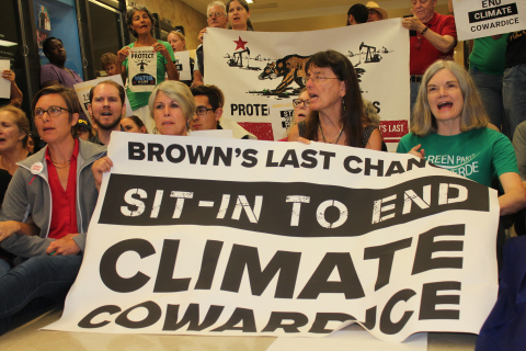 480_9._sit_in_to_end_climate_cowardice_1_1.jpg