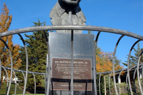 480_martin_luther_king_statue_cabrillo_college_2.jpg