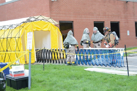 480_medical-personnel-in-haz-mat-suits-clean-up-after-6-sci-mercer-staff-belief-they___d-been-poisoned-led-to-severe-mail-visiting-restrictions-in-penn-080618-by-gary-diday-herald-web.jpg