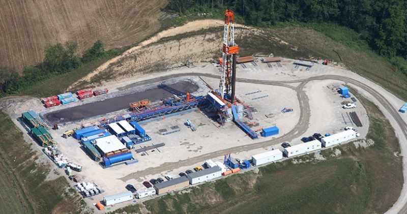 sm_fracking-food_and_water_watch_press_release-web_830x437_media-marcellus-shale-gas-drilling_0_1.jpg