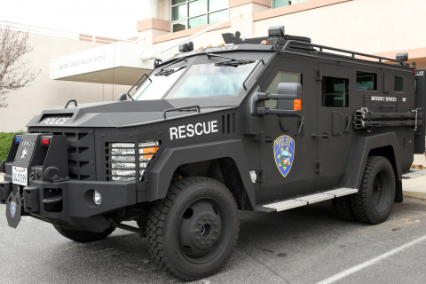 480_lenco_bearcat_santa_cruz_police_armored_vehicle_chief_andy_mills_1.jpg