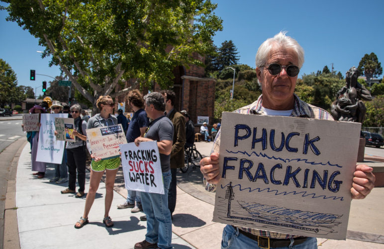 sm_climate-mobilization-rally-santa-cruz-2-fracking.jpg
