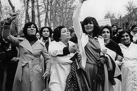 480_iranian_women_demonstrating_against__1979_enforced_hijab-1.jpg