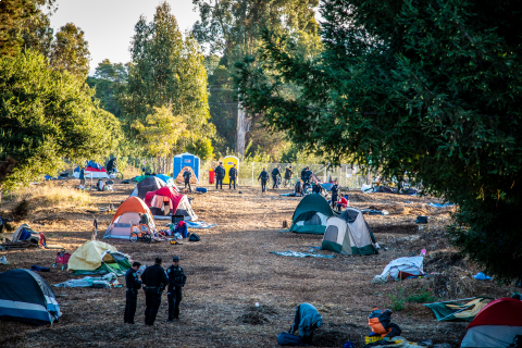 480_phoenix_camp_ross_santa_cruz_homeless_2_police.jpg