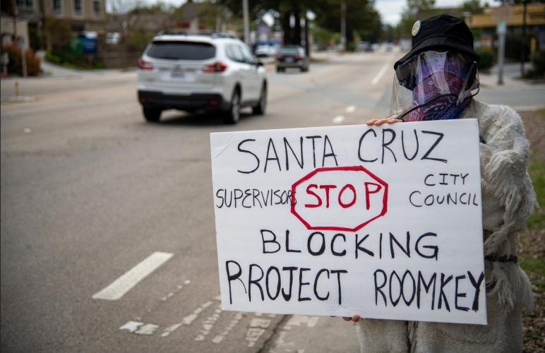 sm_shame_on_santa_cruz_-_hotels_not_hospitals_for_the_homeelss_coronavirus_food_not_bombs_protest.jpg