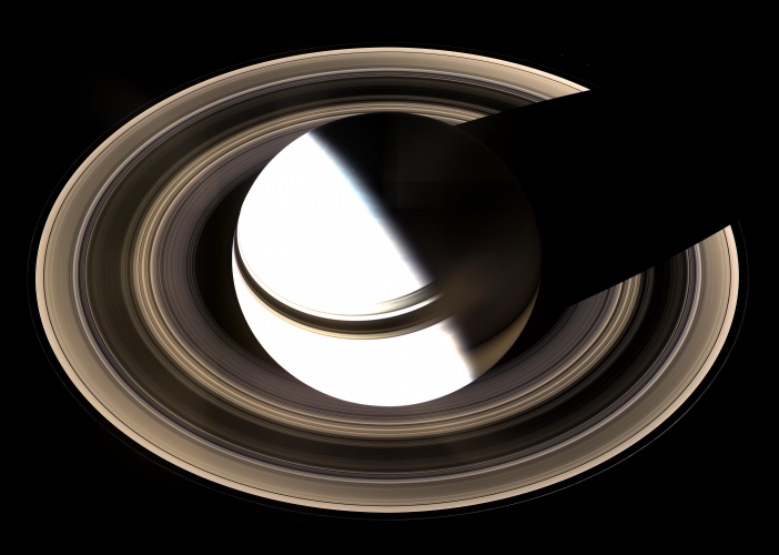 sm_saturn_casting_shadow_on_rings.jpg