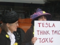 Protest at Tesla Motors' Menlo Park Dealership