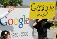 Internet Freedom Defenders Protest Google's Plan for the Internet