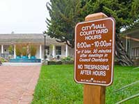 "New ""No Trespassing"" Zone Closes City Hall Grounds at Night from 10pm to 6am"